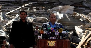 Saleh al-Sammad (R), head of the Houthi-led Supreme Political Council, addresses supporters a rally held at a parade square damaged by air strikes to mark the third anniversary of the Saudi-led intervention in the Yemeni conflict in Sanaa, Yemen March 26, 2018. REUTERS/Khaled Abdullah